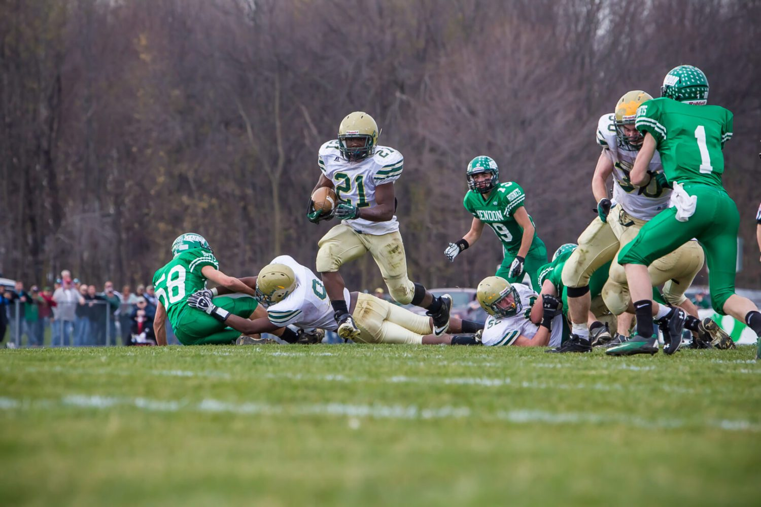Muskegon Catholic Central downs top-ranked Mendon [VIDEO]