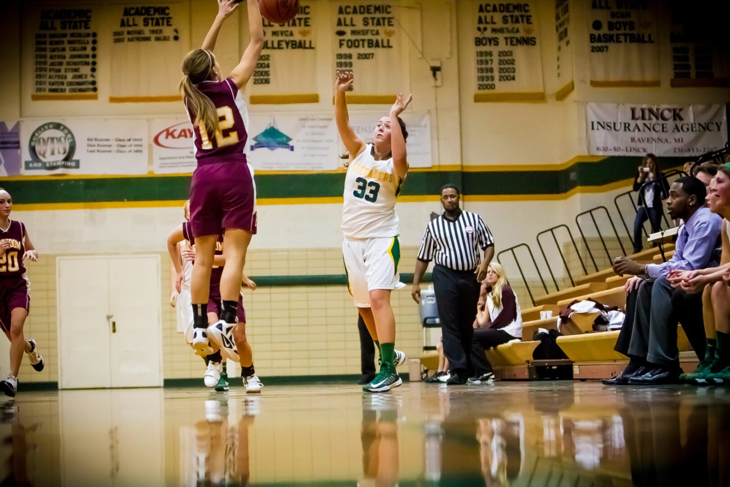 Gabby Thelen cans eight 3-pointers in Muskegon Catholic girls' victory over Freedom Christian
