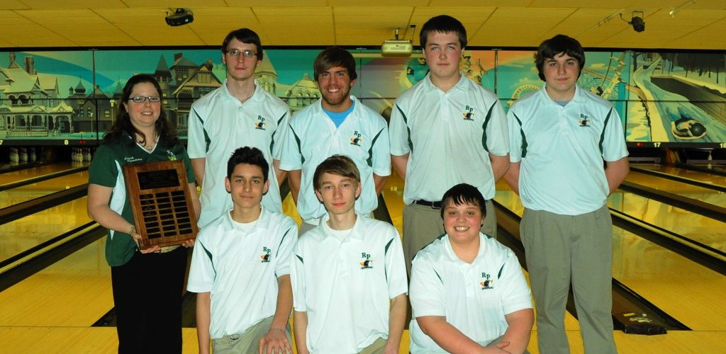 Reeths-Puffer rises to the top of GMAA boys bowling tournament