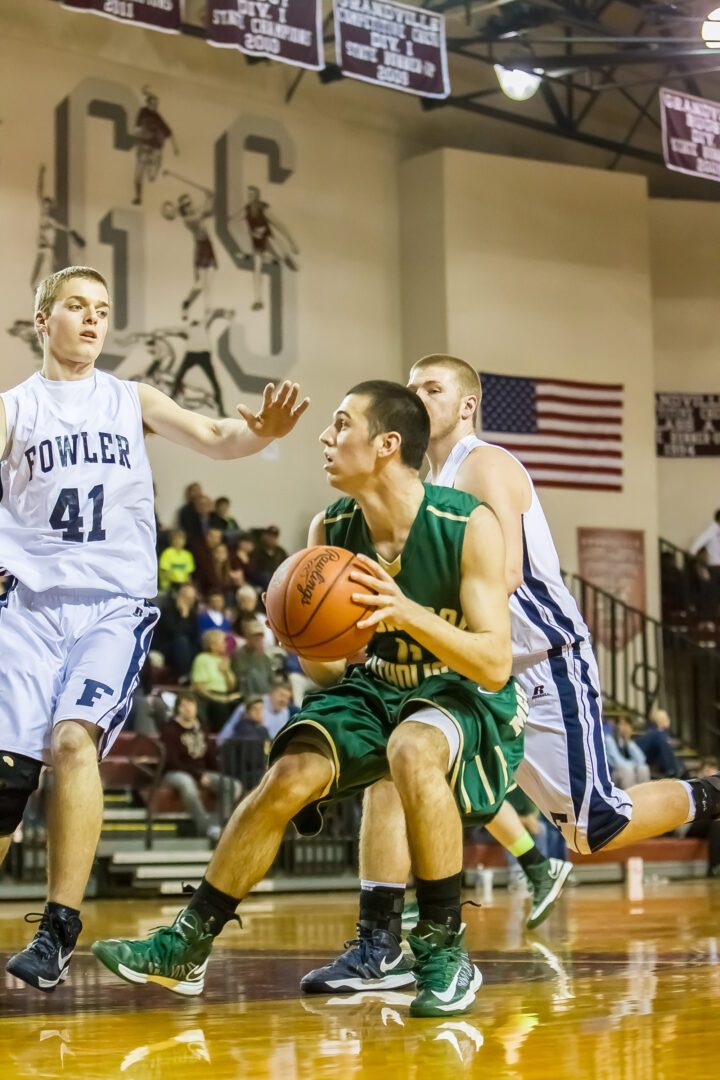 Campbell, Callow power Muskegon Catholic to regional victory