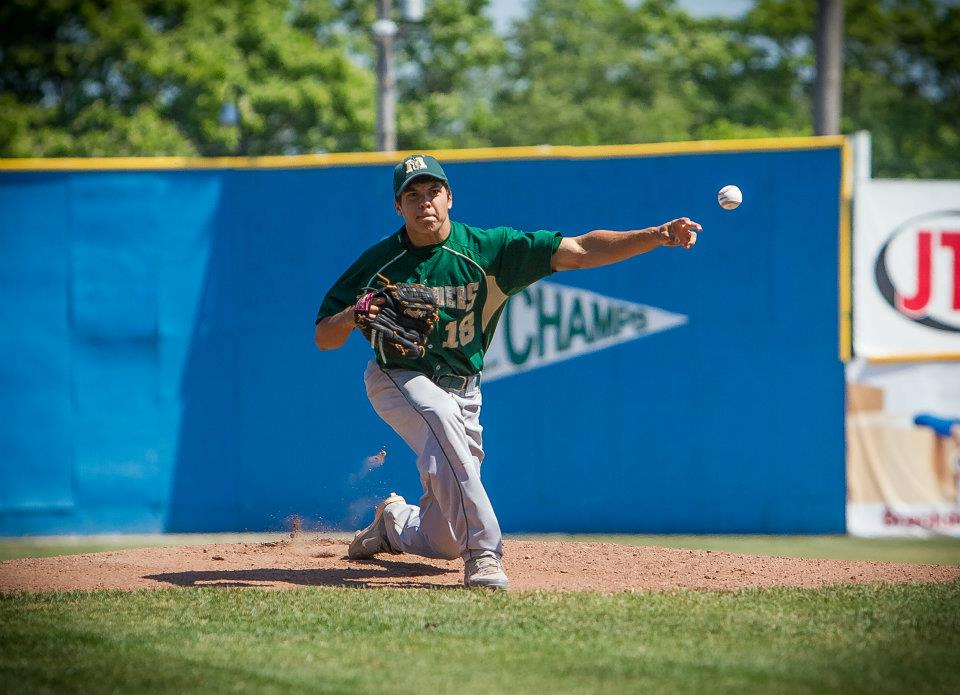 Muskegon Catholic Central bats wake up in 7-4 baseball victory over Coopersville