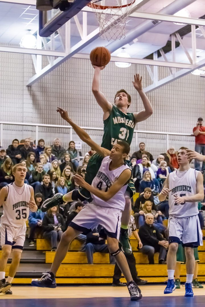 Muskegon Catholic slides by Providence Christian, claims 'D' district title