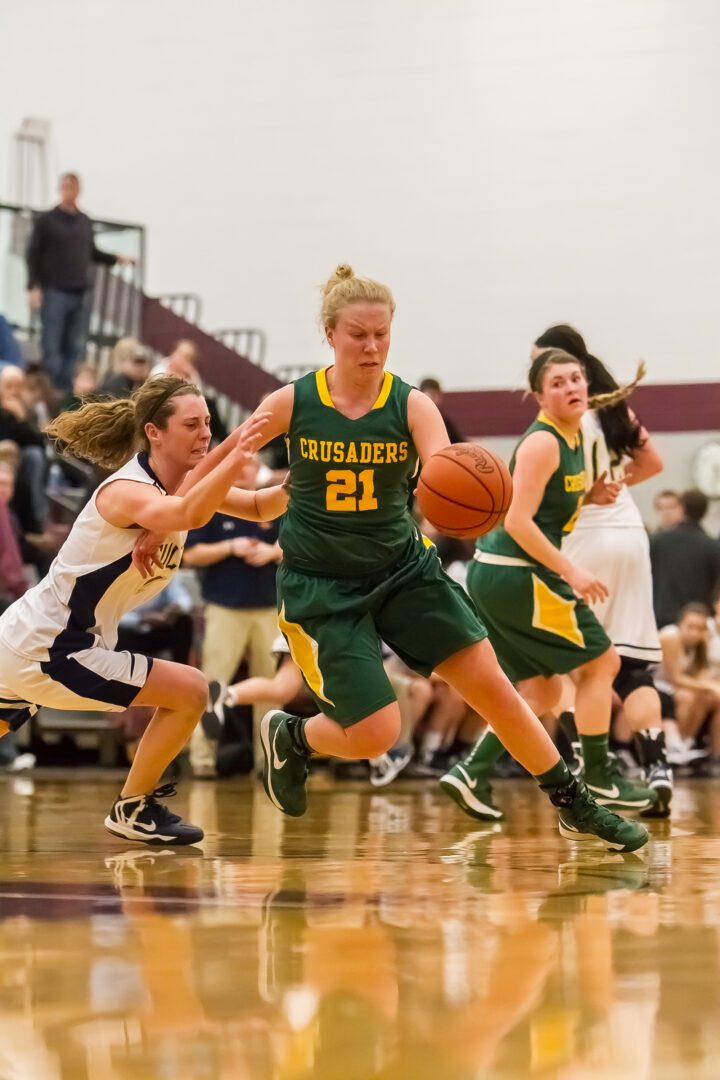 Muskegon Catholic's tournament dreams dashed in 'D' regional semifinal by gritty Fulton squad