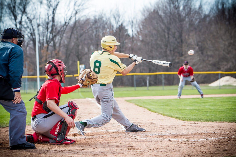 Baseball roundup 4/23: Shores holds off E. Kentwood; Kent City, Fruitport win