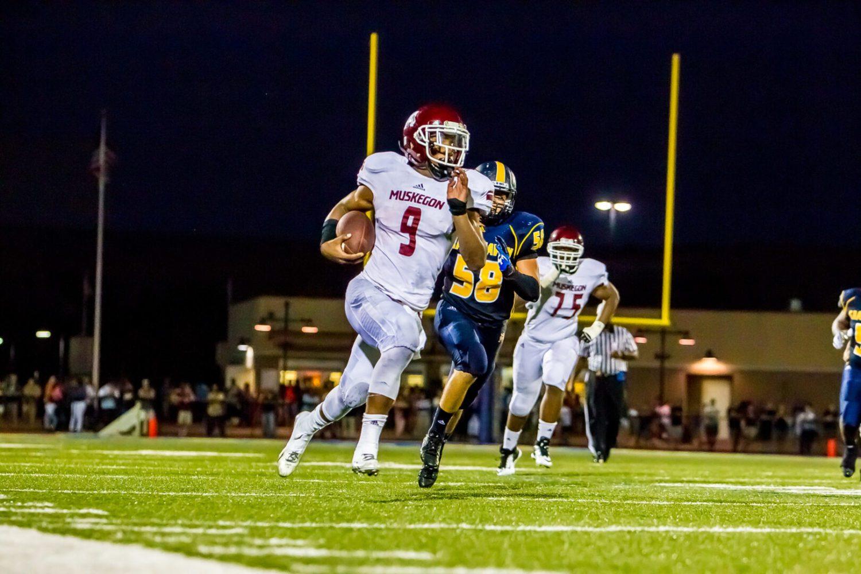 DeShaun Thrower named Muskegon Area Sports Hall of Fame student-athlete award winner