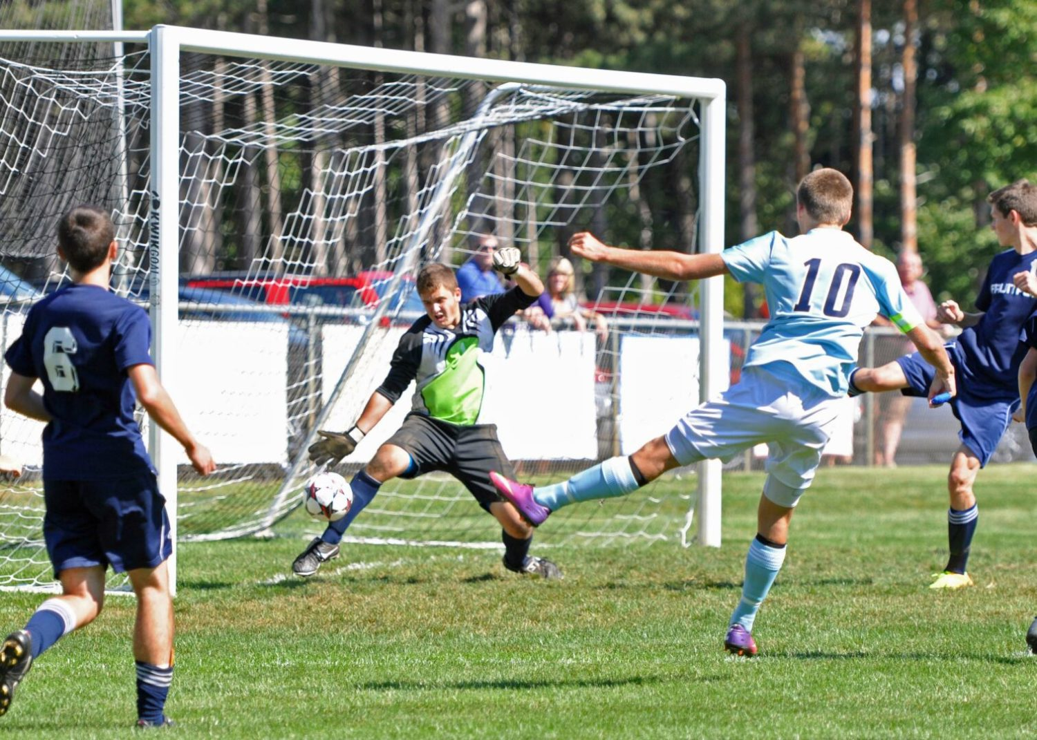 Late second half push lifts Mona Shores over Fruitport in boys soccer