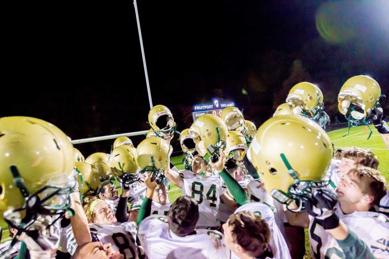 Muskegon Catholic drubs Fruitport, earns automatic playoff berth under first-year coach