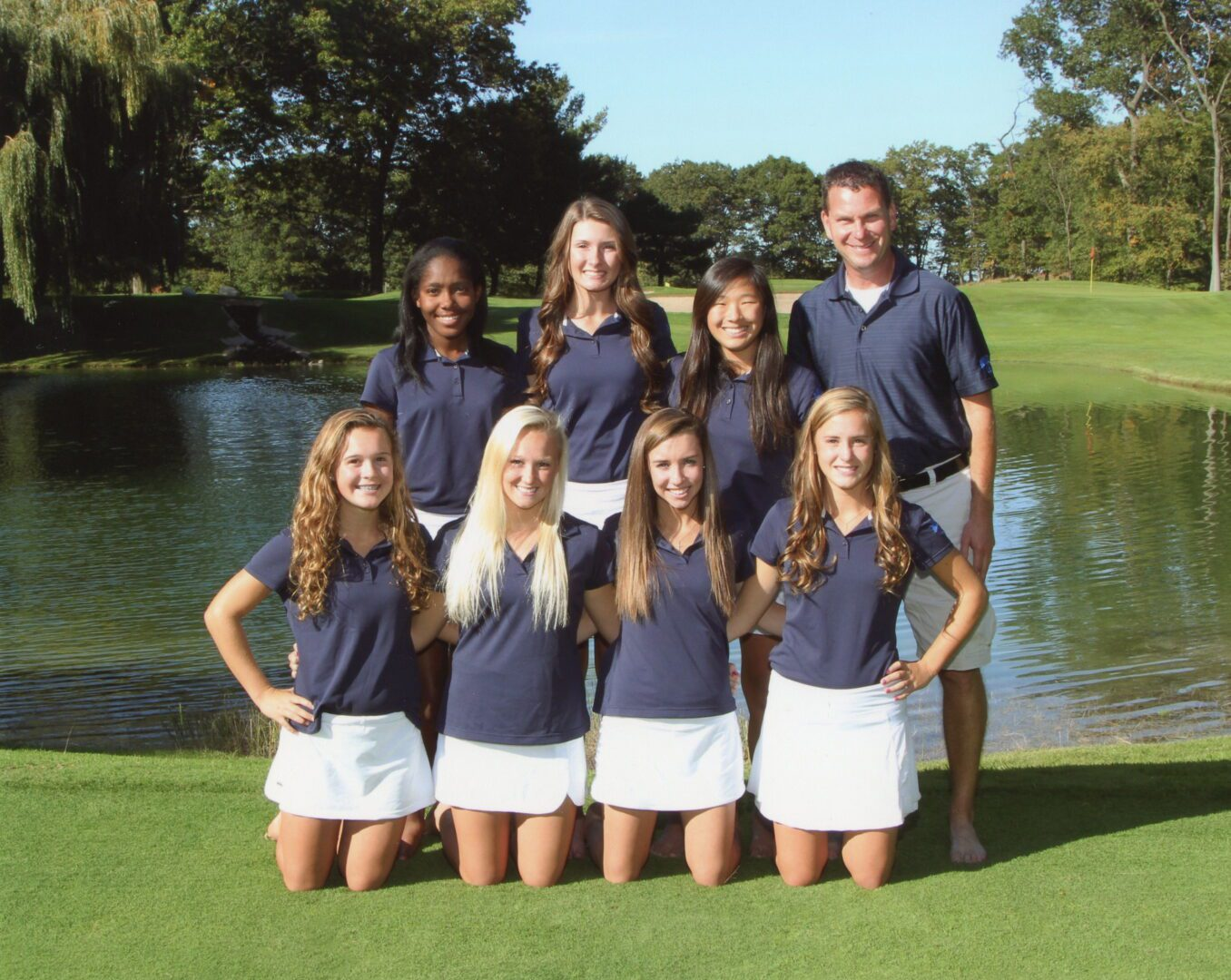 Mona Shores golfers, aiming for fifth straight state title, do it with new lineup, two volleyball players