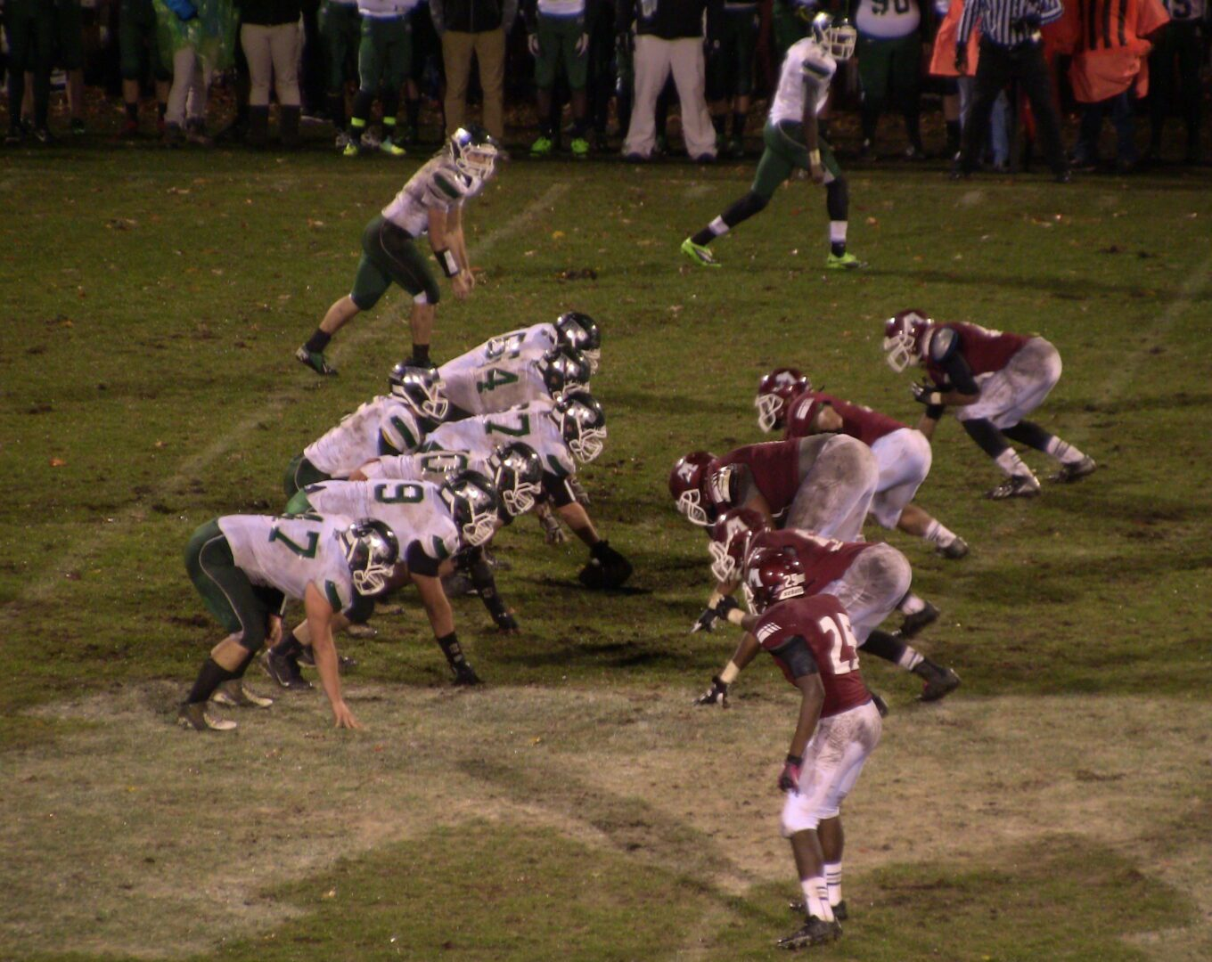 Muskegon Big Reds storm out early, defeat Reeths-Puffer in Division 2 football districts
