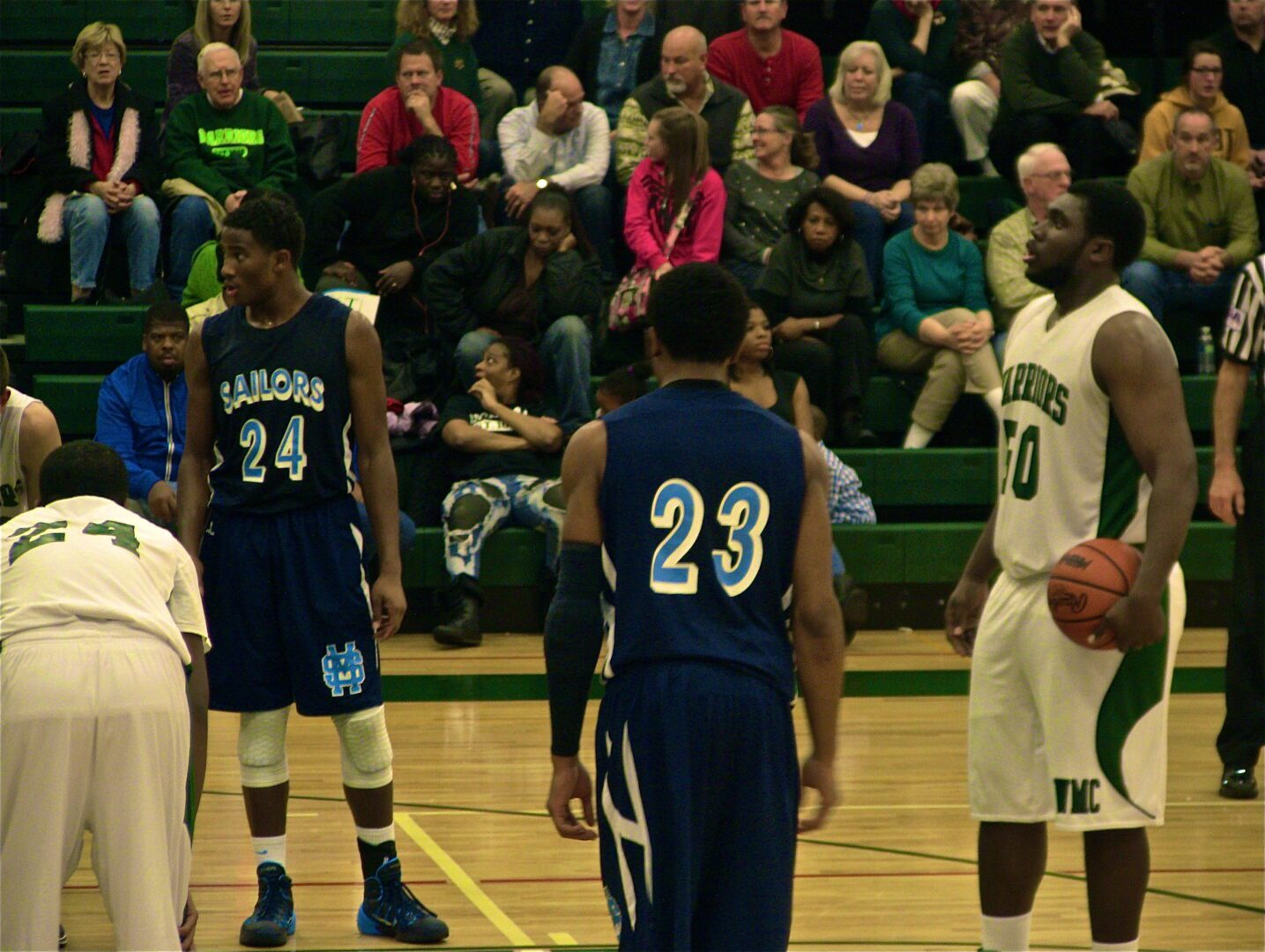 Mona Shores boys flash speed in rout of Western Michigan Christian