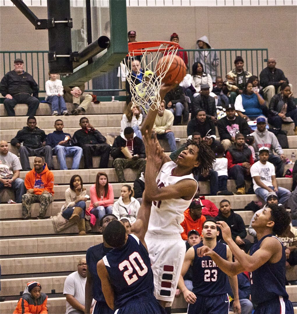 VIDEO: Two dunks from Muskegon Big Red Deyonta Davis