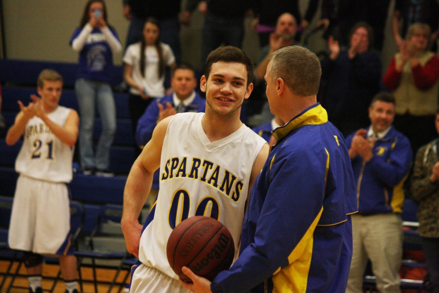 Kody Ambrose reaches 1,000th career point in Mason County Central win over North Muskegon