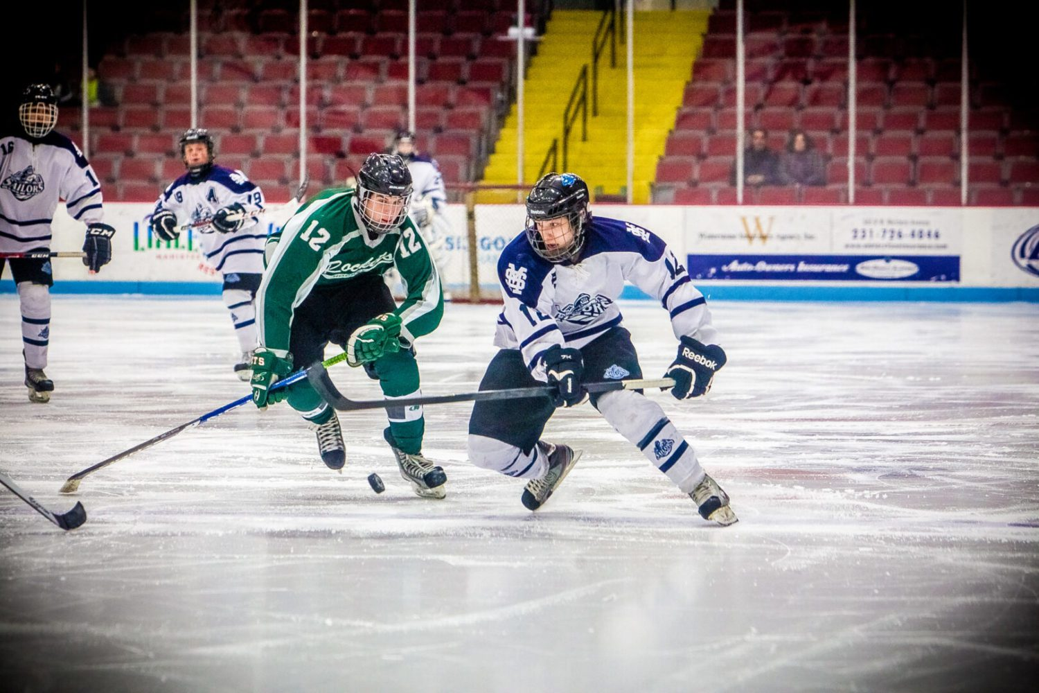 Josh Smith nets two goals as Reeths-Puffer earns second hockey win over rival Mona Shores