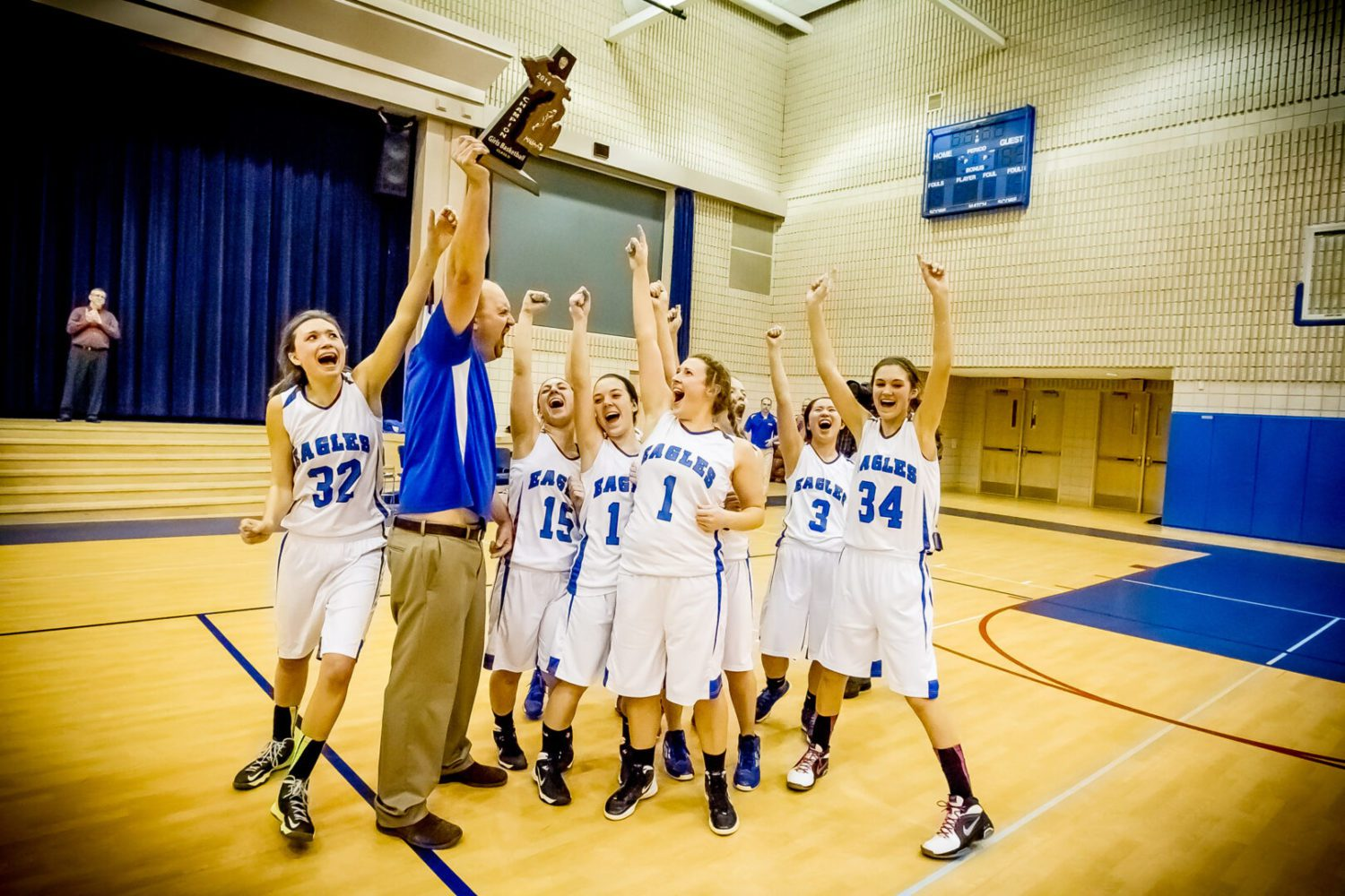 Fruitport Calvary Christian holds on for 63-60 win over Muskegon Catholic for Class D district title