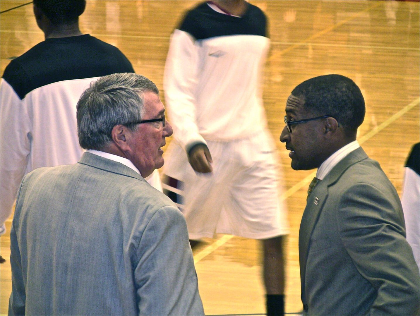 Moyes' Memories: Keith Guy leads at Muskegon from his basketball rich past and competitive drive
