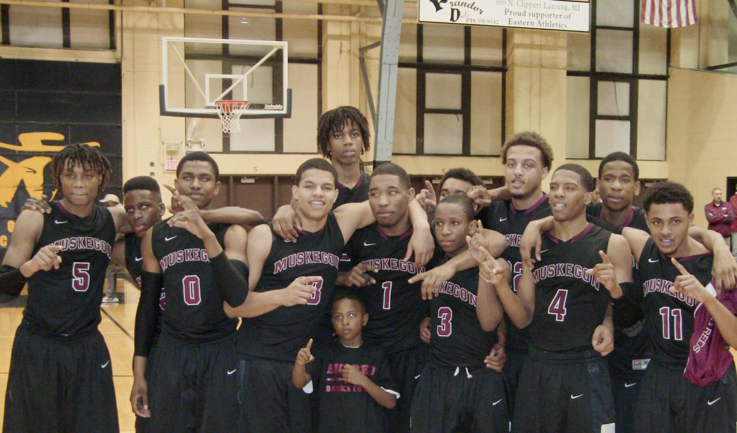 Muskegon dispatches Ann Arbor Skyline, moves on to the Class A final four [VIDEO]