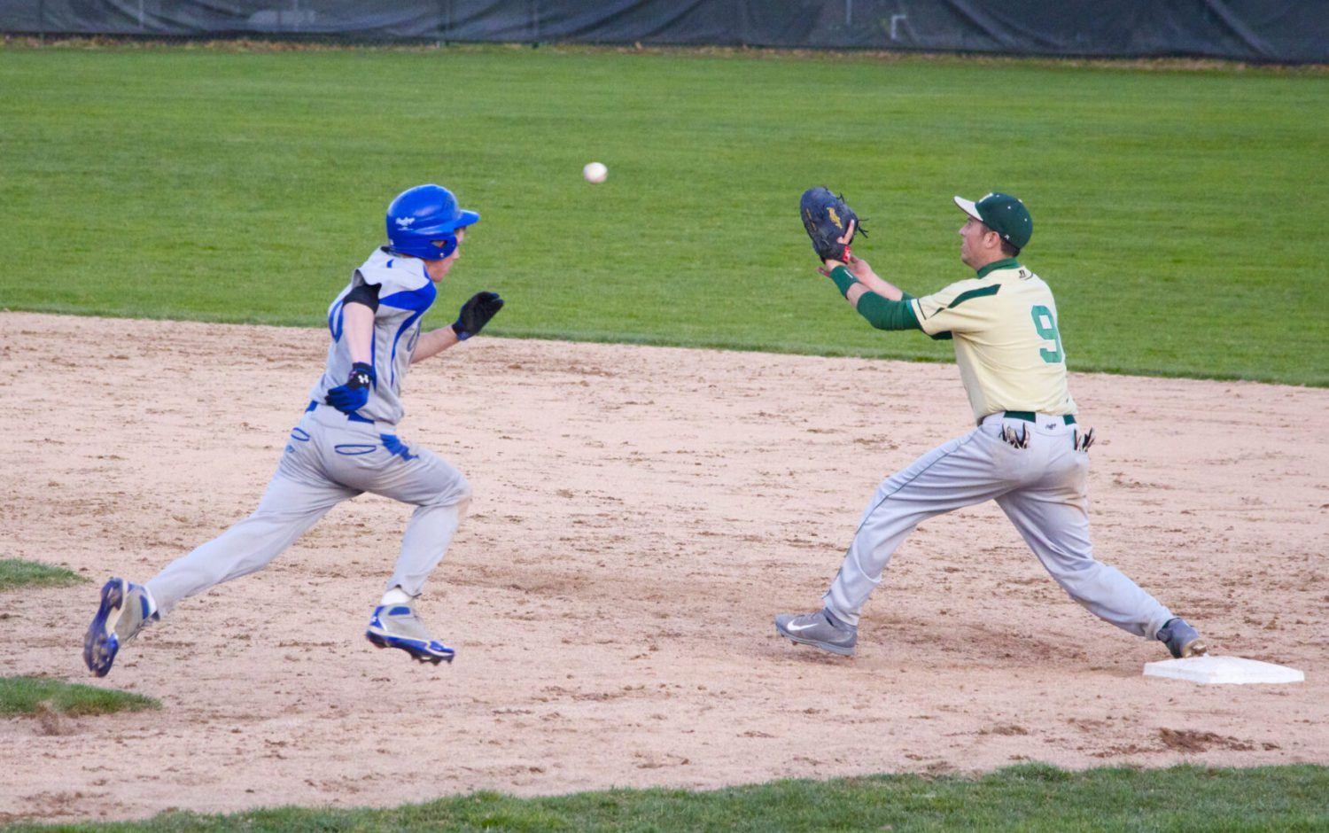Montague baseball team rallies in the sixth to steal a 6-5 victory over North Muskegon, WM Christian tops Ravenna