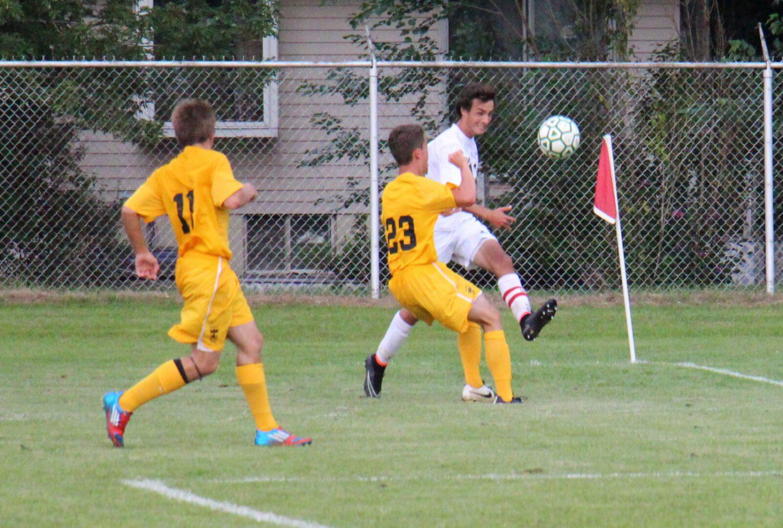 Reeths-Puffer edges Zeeland East in boy's soccer matchup