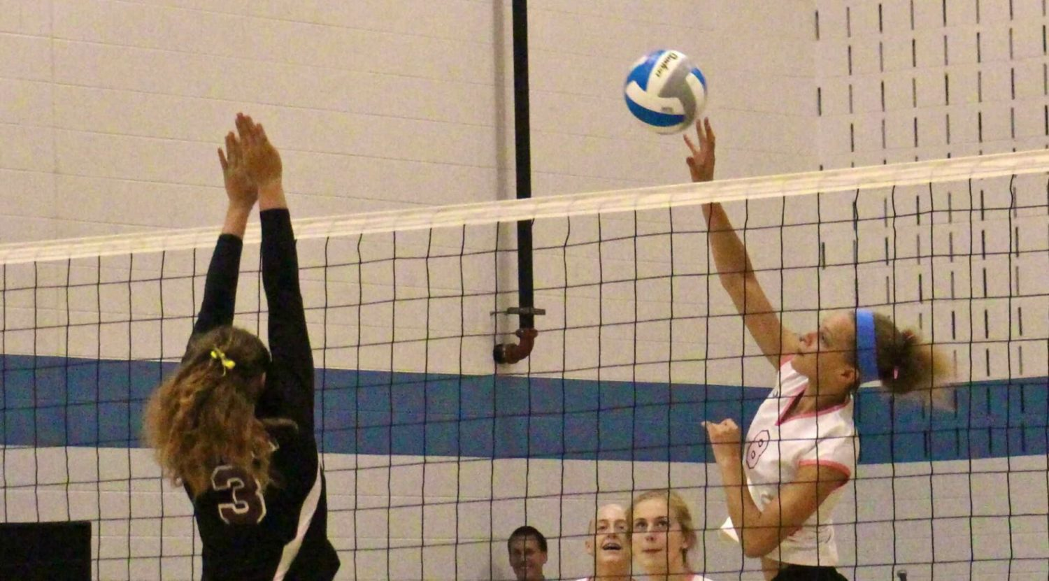 Mona Shores volleyball team downs Muskegon, takes another step in drive for league title