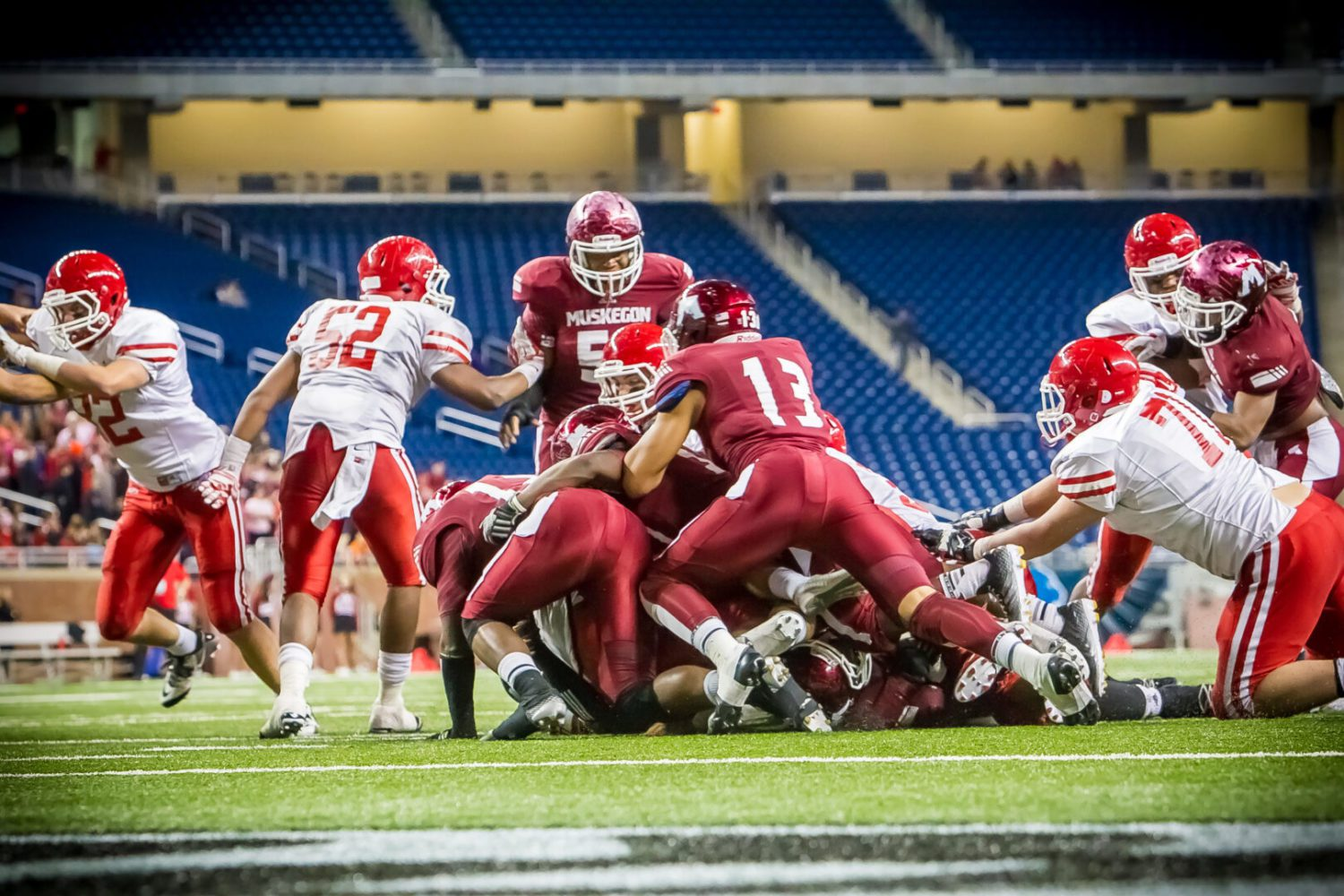 Big Reds lose third straight state championship game, 7-0 to Orchard Lake St. Mary's
