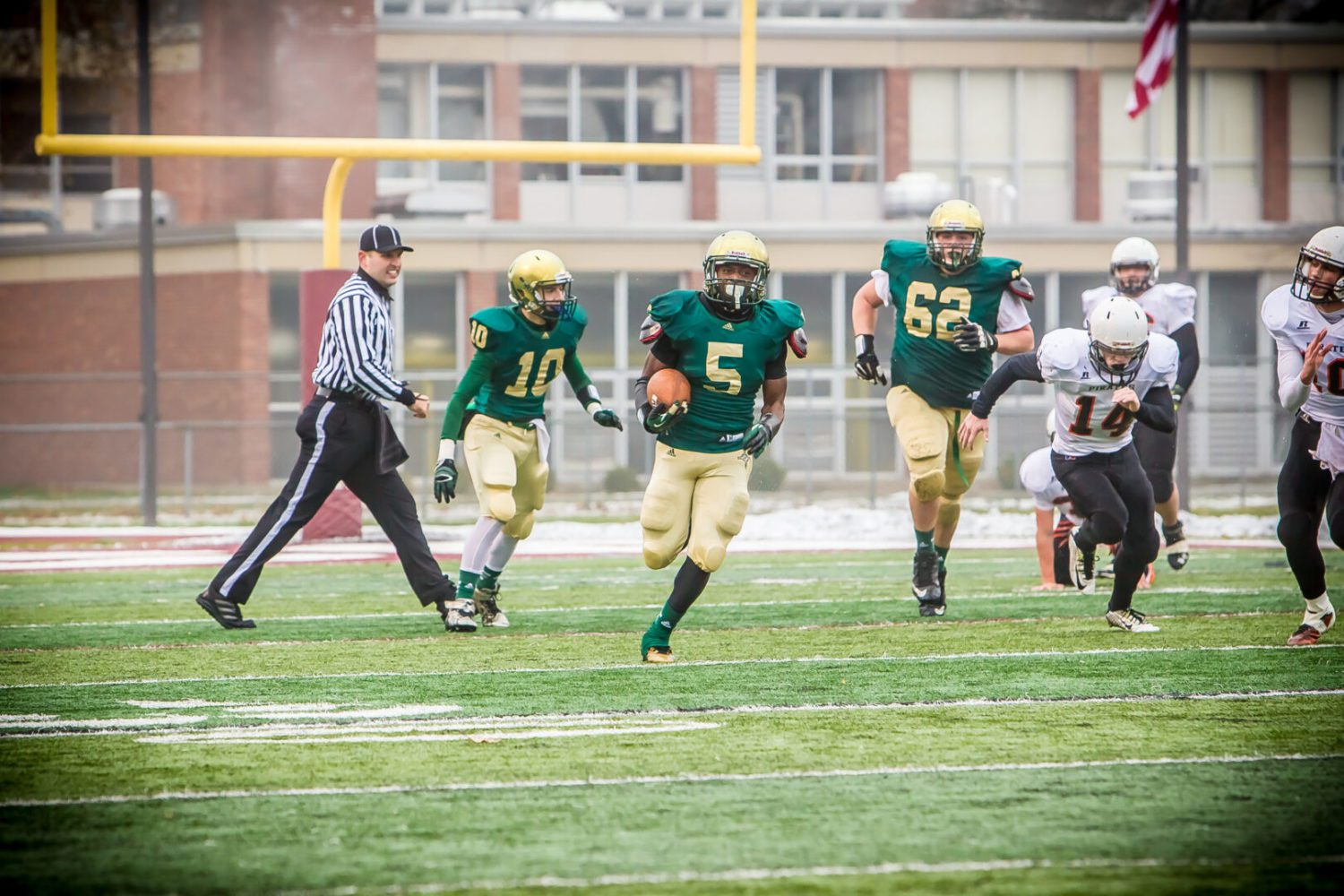 Division 8 football state final preview: Dominant MCC ready to defend its crown against a strong Munising squad