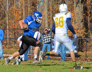 Alex Jawor breaks away from an opposing defender. Photo/Jason Goorman