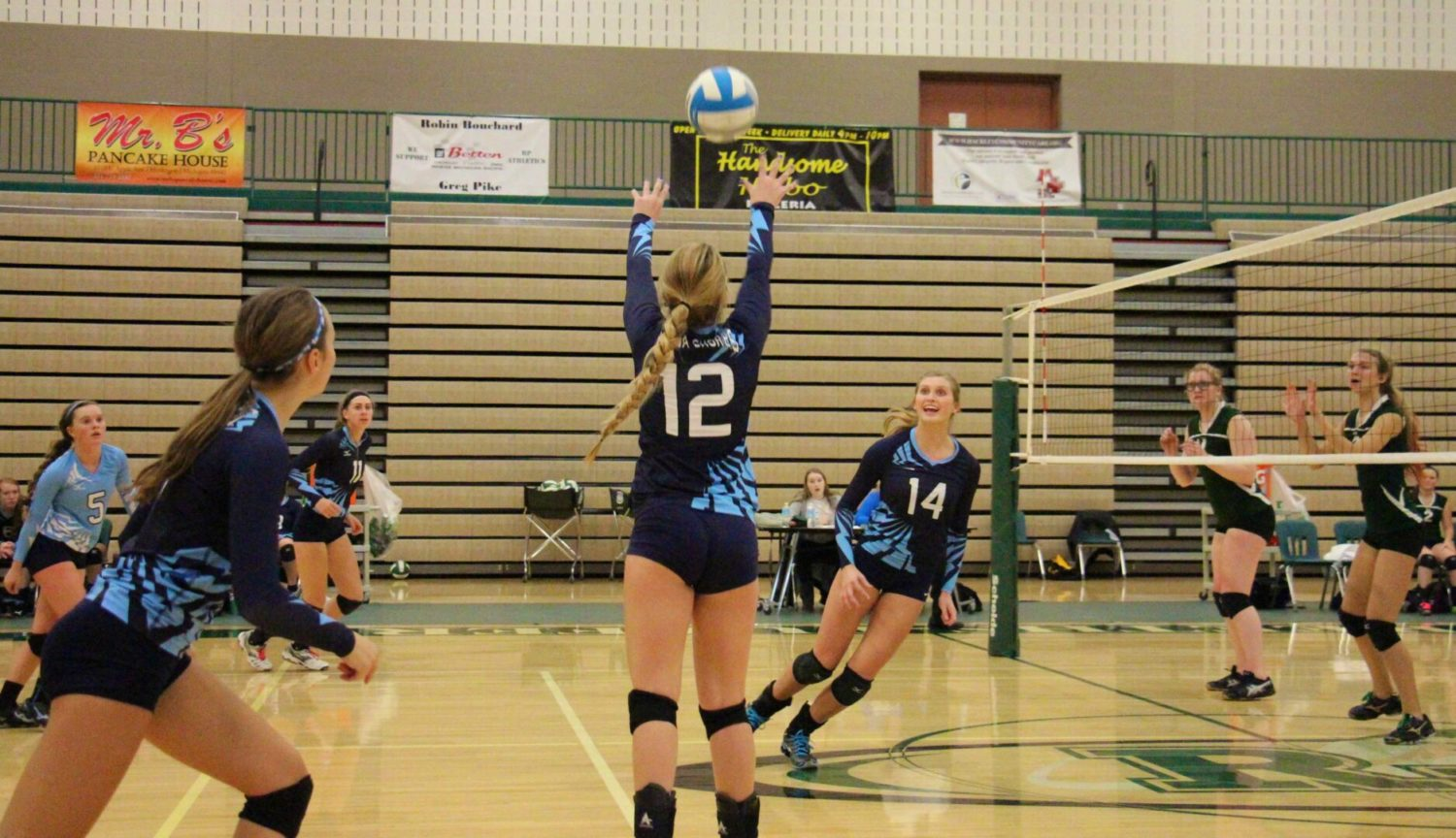 Mona Shores overcomes early jitters to sweep Reeths-Puffer in a Class A district volleyball opener