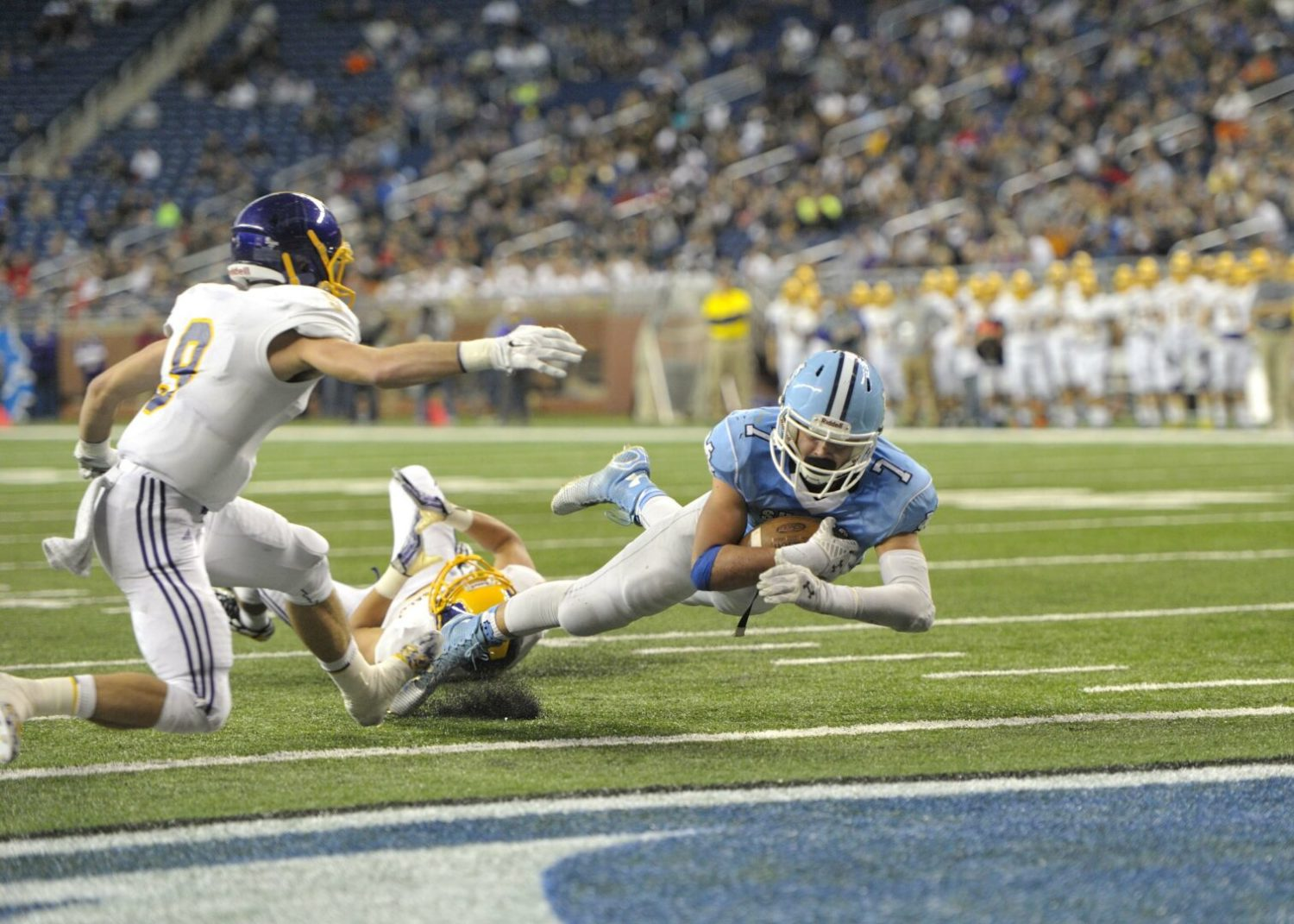 Photo gallery from Mona Shores state final football action