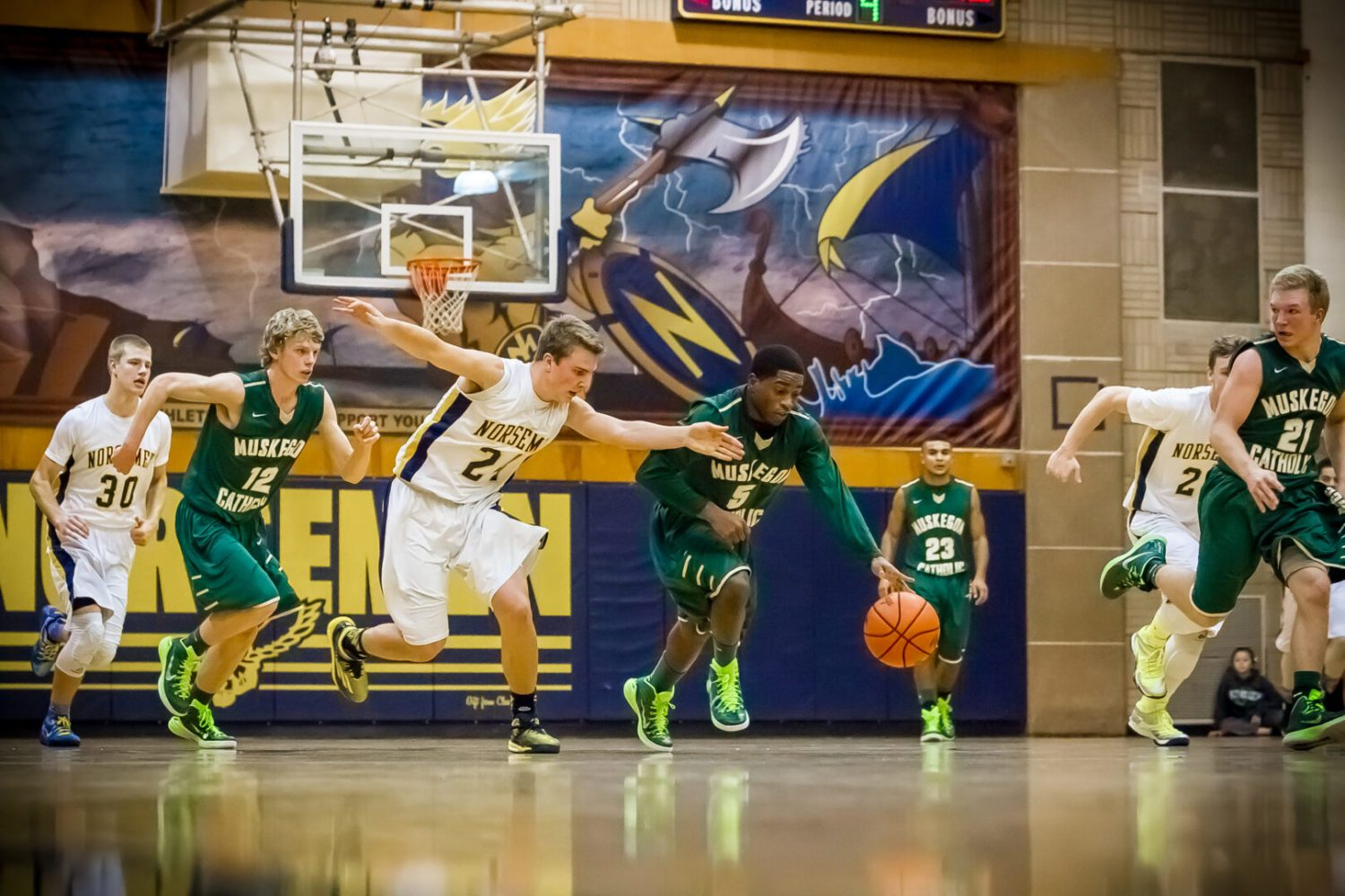 Tommy Scott's layup in the final seconds gives MCC a 47-46 basketball victory over North Muskegon