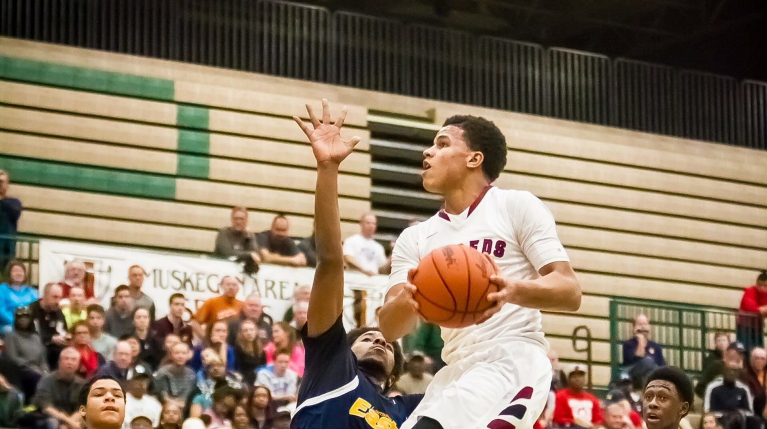Muskegon crushes Lansing Eastern, sets up matchup with East Kentwood at Hall of Fame Classic