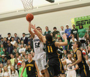 No. 52 Kyle Kingma finds a shot for WMC. Photo/Scott Stone