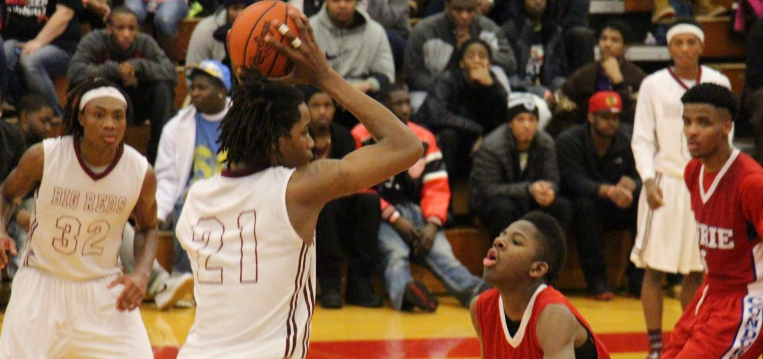 Dunk VIDEO from Muskegon Basketball Showcase shows how big Deyonta Davis is for Muskegon