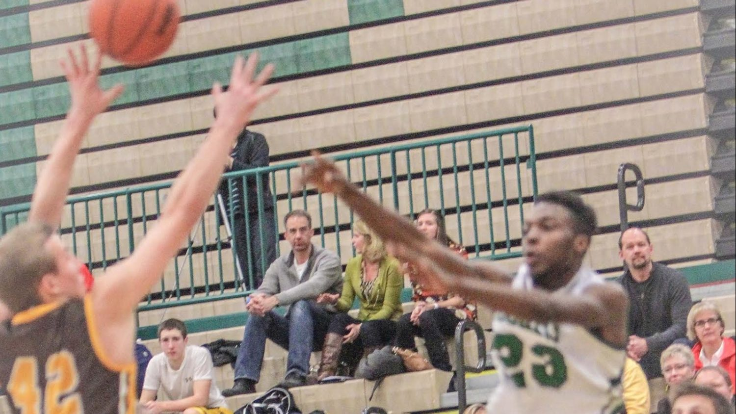 Reeths-Puffer boys, playing their third game in five nights, fall to Zeeland East 57-40