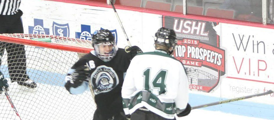 Mona Shores hockey team rallies to claim another hard fought win over Reeths-Puffer, 4-3