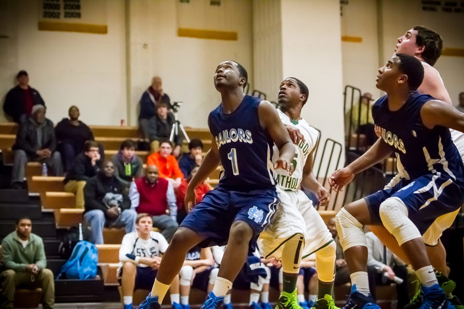 Kobe Burse carries Mona Shores to victory over Muskegon Catholic in boys basketball action