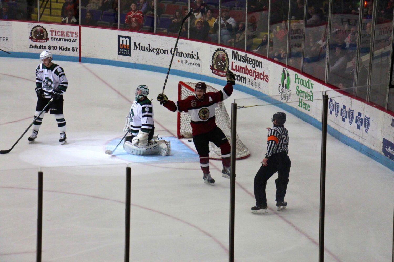 Iacopelli scores twice, Lumberjacks beat Cedar Rapids 4-1 to break four game skid