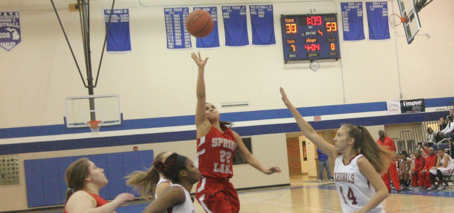 Spring Lake girls remain unbeaten, claim Class B district championship, with a 63-42 win over Orchard View