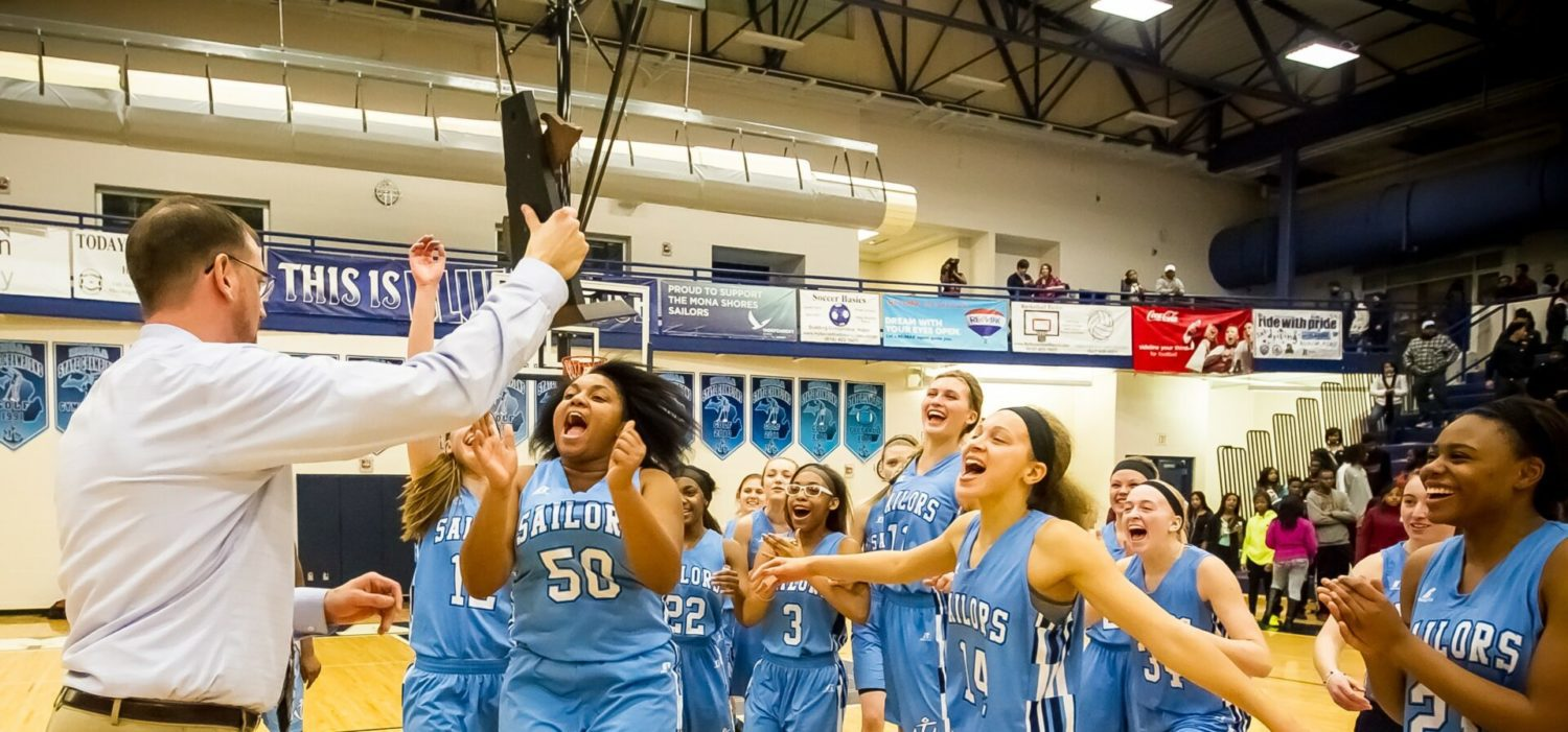 Jordan Walker pours in 36 points as Mona Shores captures a Class A district title with a 57-38 win over Muskegon [VIDEO]
