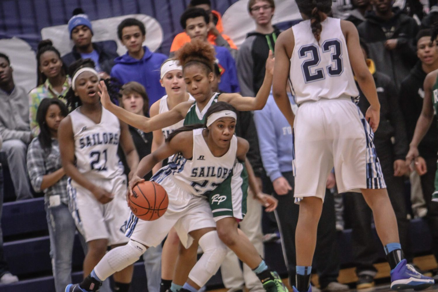 Mona Shores girls rally in the second half to beat Reeths-Puffer 50-46 in a Class A district showdown