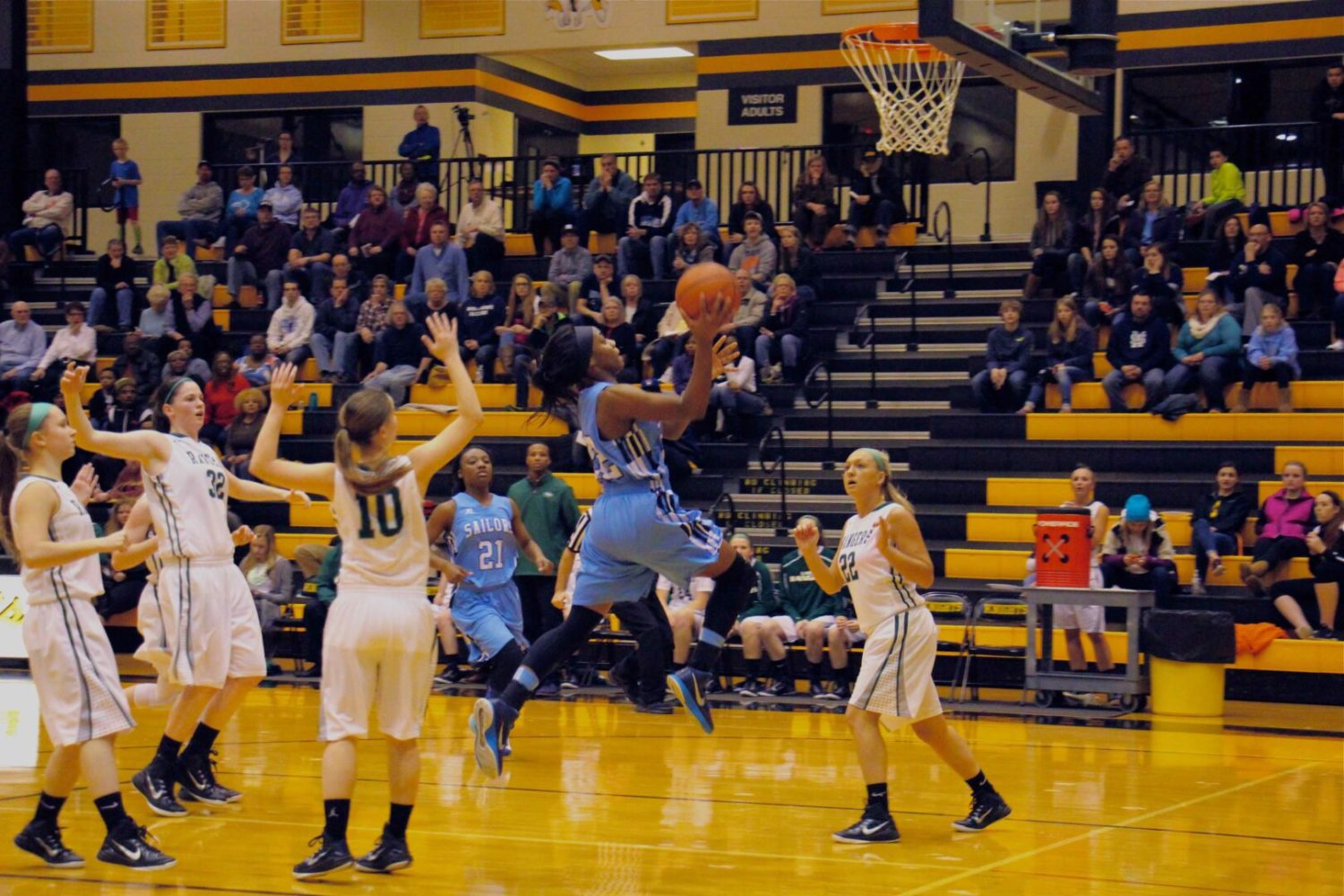 Mona Shores girls basketball team falls behind early, loses to Forest Hills Central in Class A regionals