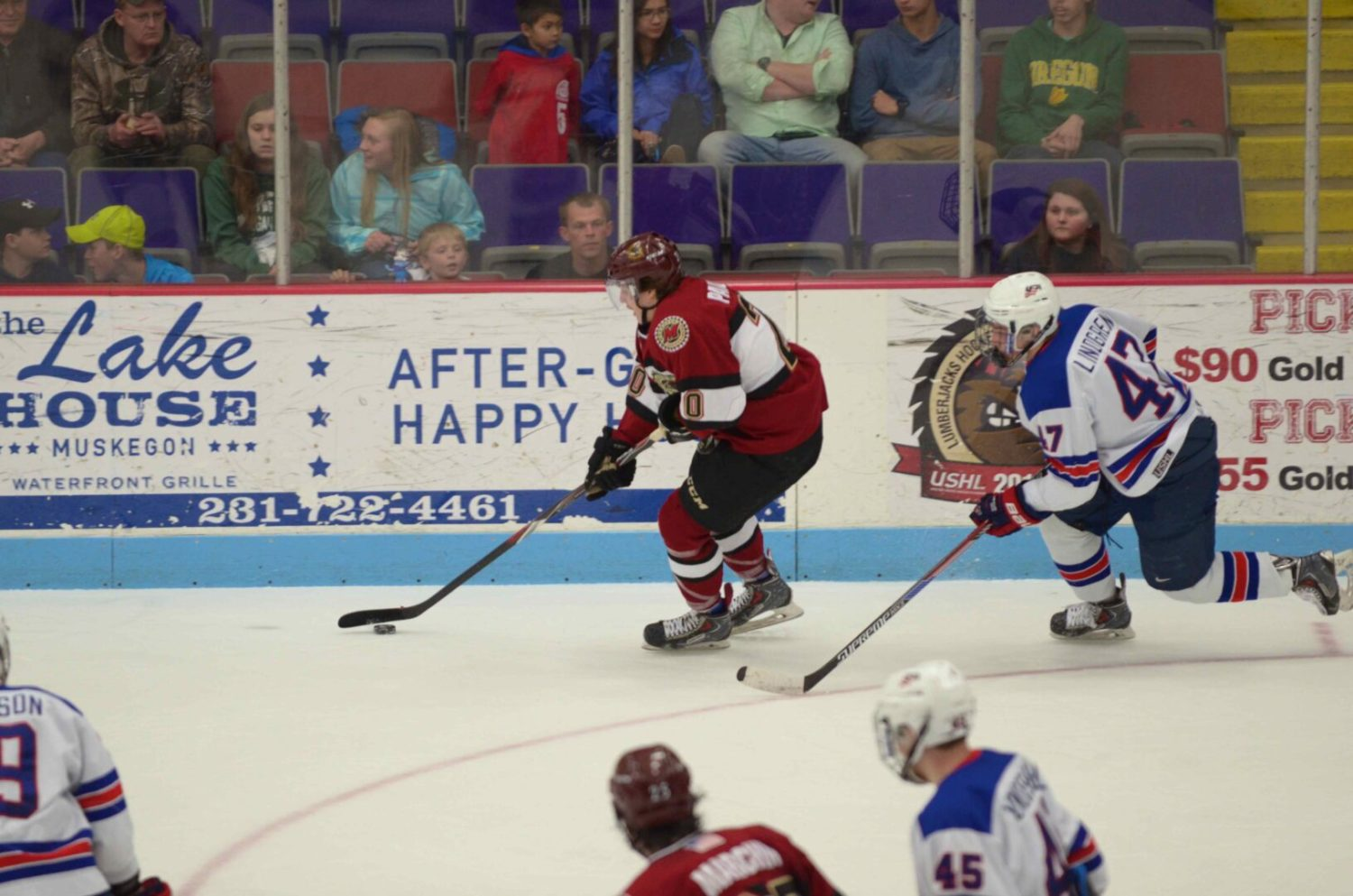 Lumberjacks' winning streak ends at five games with a listless 4-0 loss to Team USA