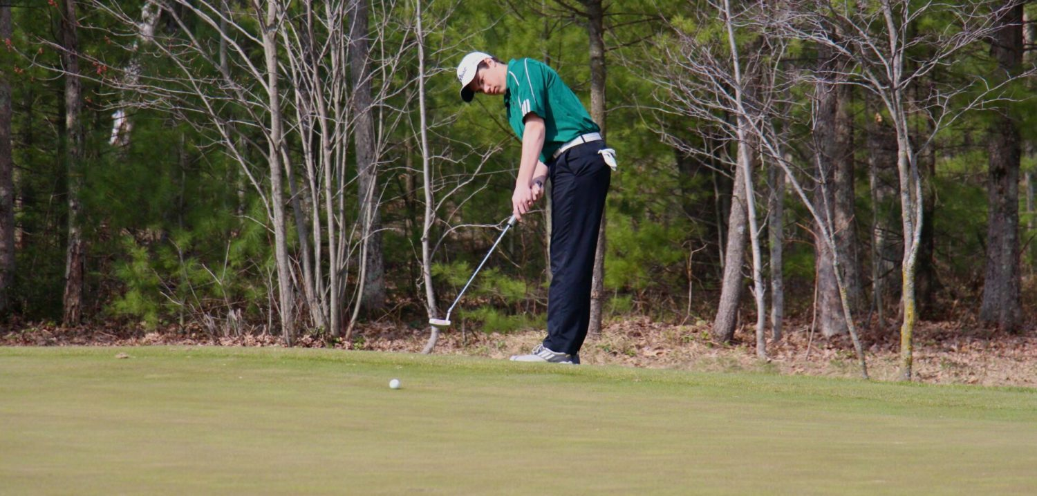 Muskegon Catholic's Powers wins individual city golf title, Mona Shores captures another team championship [VIDEO]