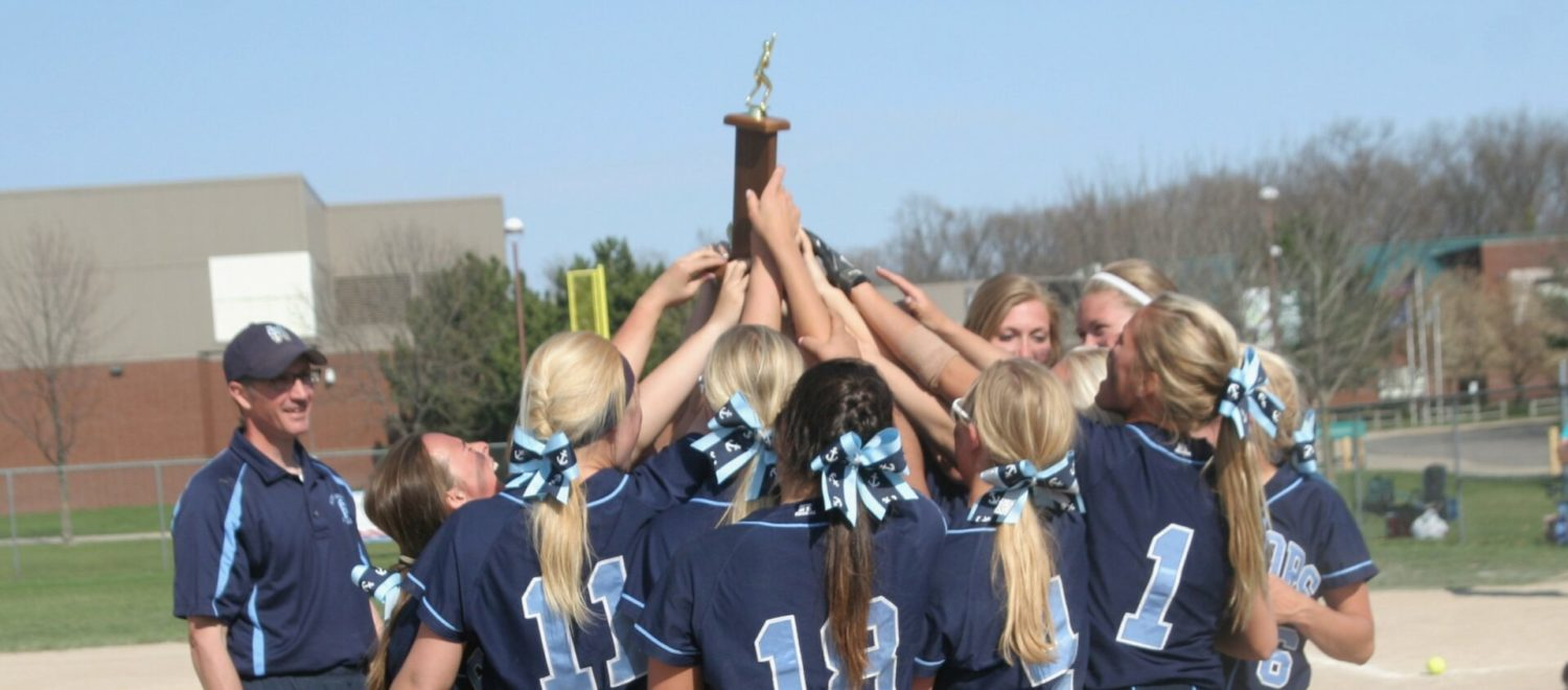 Desi Parker pitches Mona Shores to three wins and a city softball championship