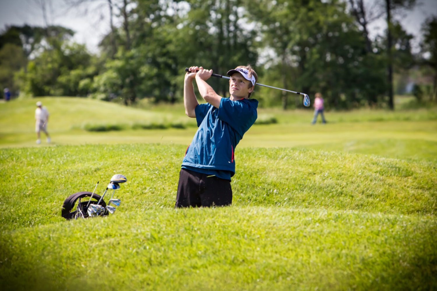 Hackert wins individual state golf title, Ludington, North Muskegon and MCC do well in team competition