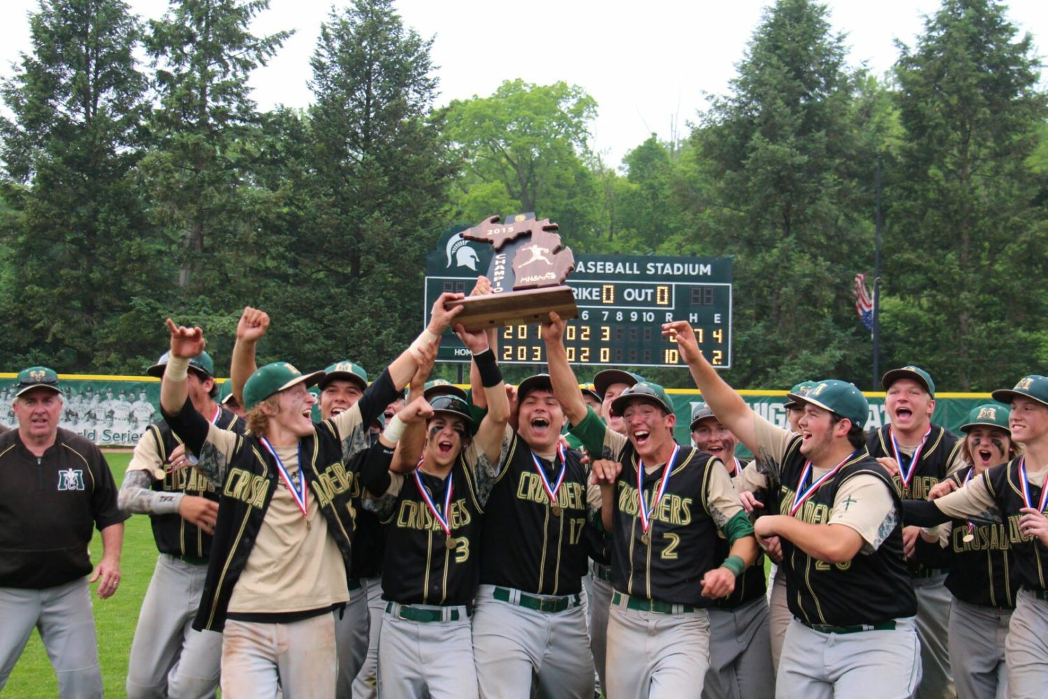 Muskegon Catholic captures first state baseball championship in school history, beating Centreville 10-8