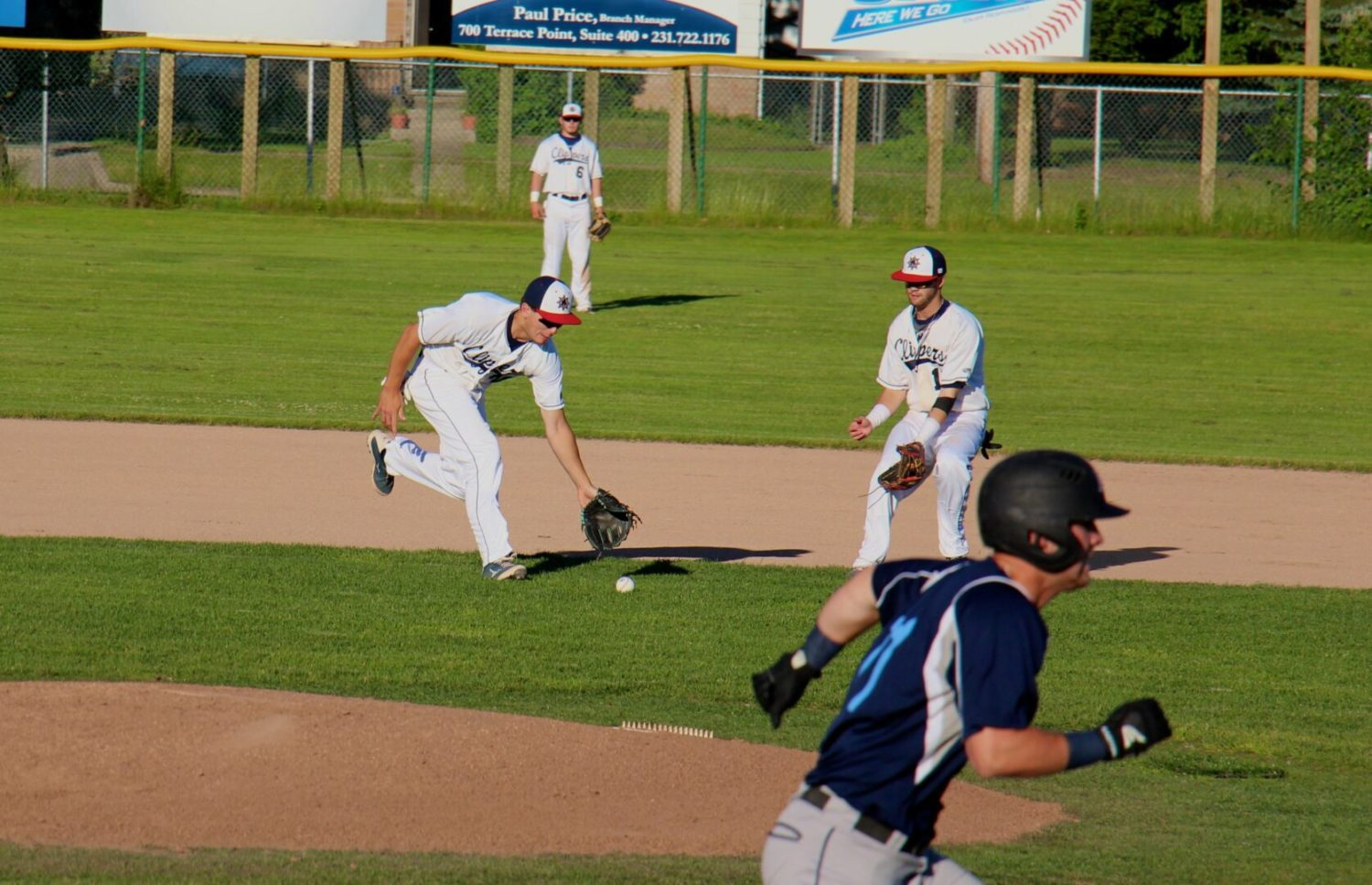 Clippers rally and defeat the River City Rapids with a walk-off hit by Jason Ribecky