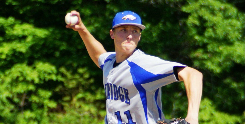 Oakridge rallies to win Division 3 regional baseball championship, Whitehall and Spring Lake eliminated