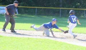 Oakridge's Ethen Daily applies a tag on RP's No. 14 Nick Johnson at  second base. Photo/Scott Stone