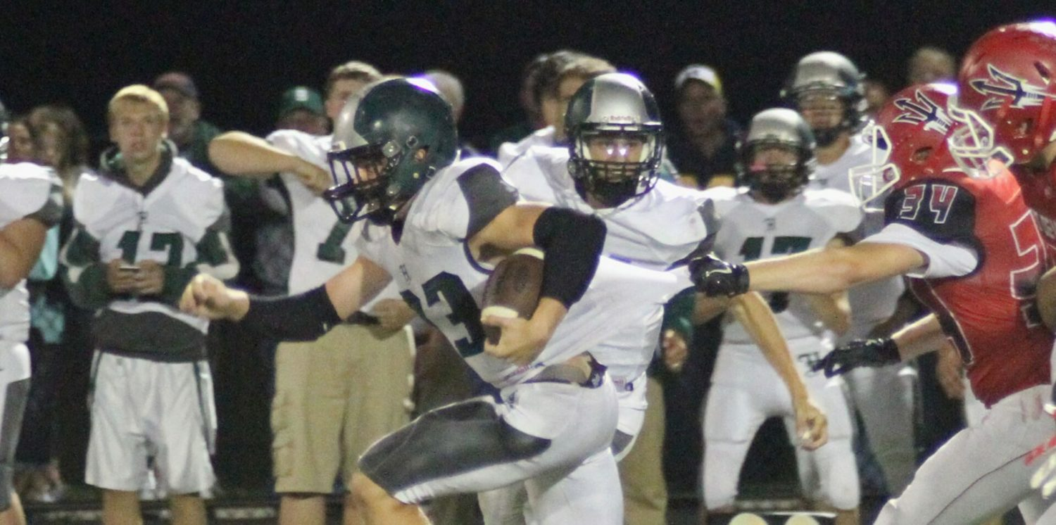 """Undefeated Hesperia beats rival Holton 39-12, regains the """"Golden Football"""""""