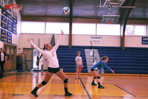 Mary Hoopes on the Norse serve. Photo/Hailey Liverance